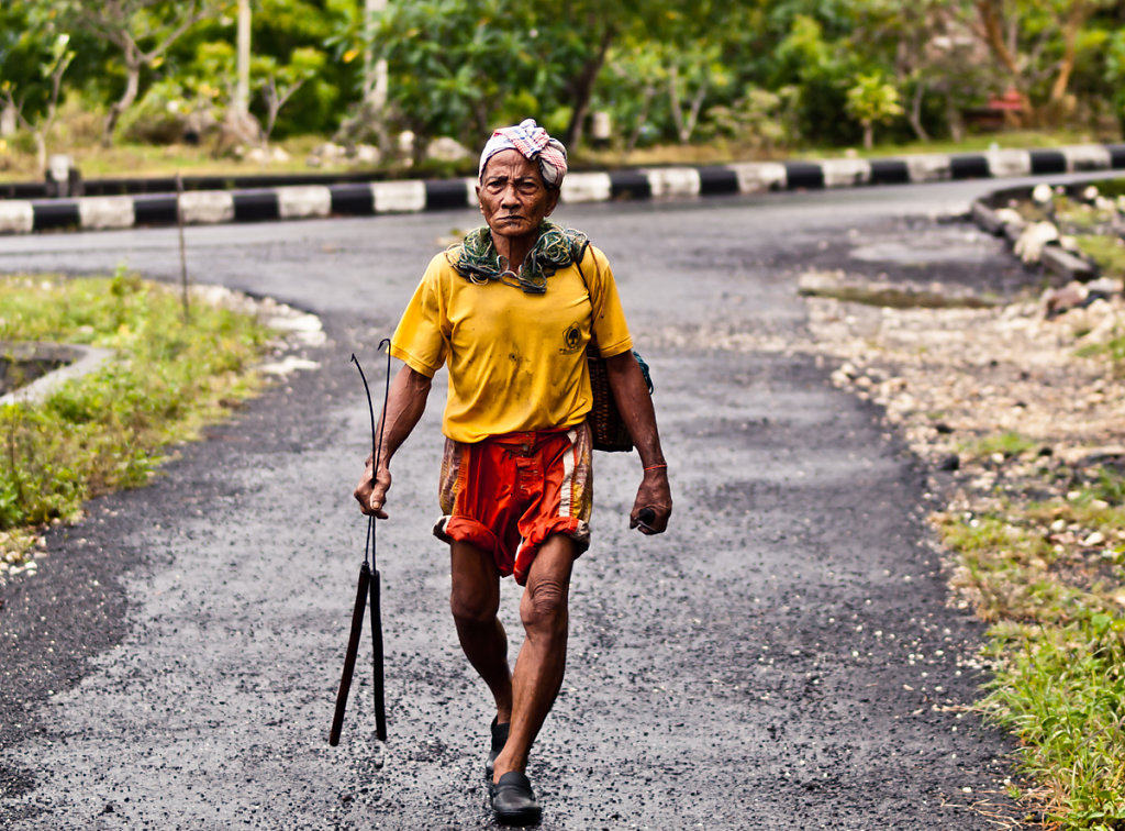 Streetwalking Man, Padang Padang - Bali